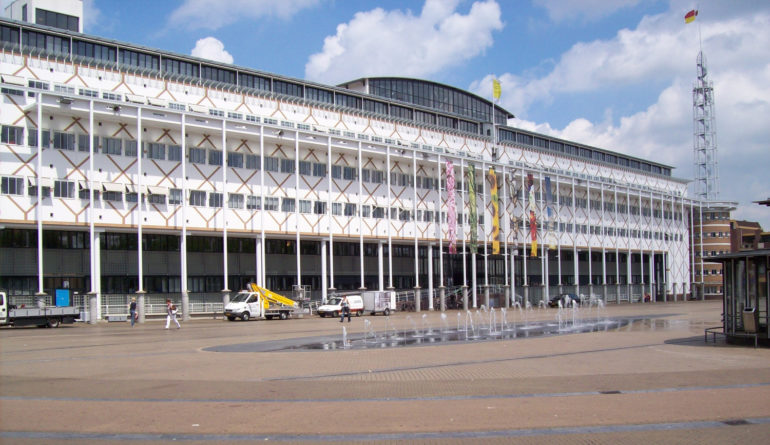 Stadhuis Apeldoorn: 80's of niet?